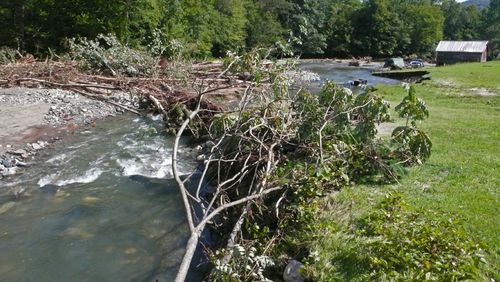 Blockage of Mill Brook2a